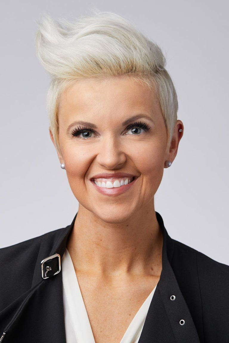 011 Chicago Studio Corporate Headshot 1.jpg V 1
